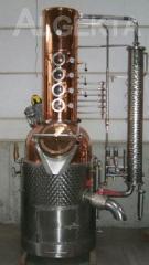 Дистиллятор для производства алкогольных напитков
