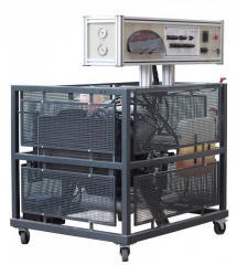 Демонстрационная модель действующего бензинового двигателя с системой управления motronic
